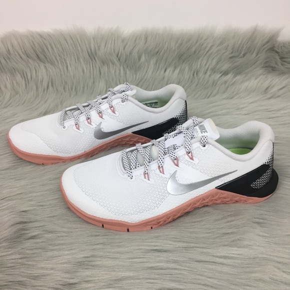 9aa4c0fb8c44 Nike Metcon 4 Women s Cross Training shoe